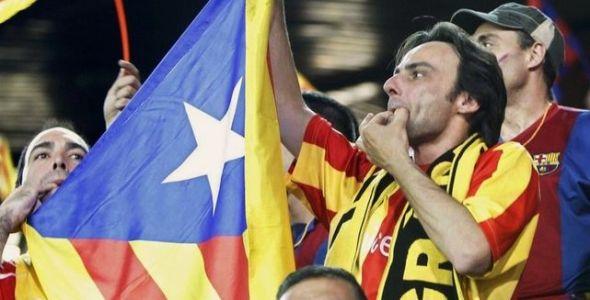 Aficionados-FC-Barcelona-Himno-Espana_ECDIMA20150522_0017_22