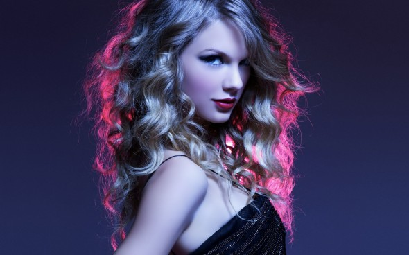 Beautiful-singer-Taylor-Swift-hd-wallpaper-images